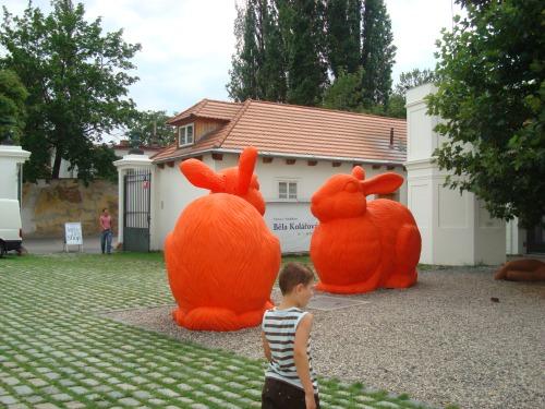 Prague Series, Art 1